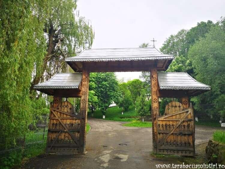 Poarta Dumbrava Minunată