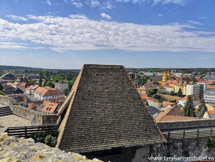 Castelul Egri Var