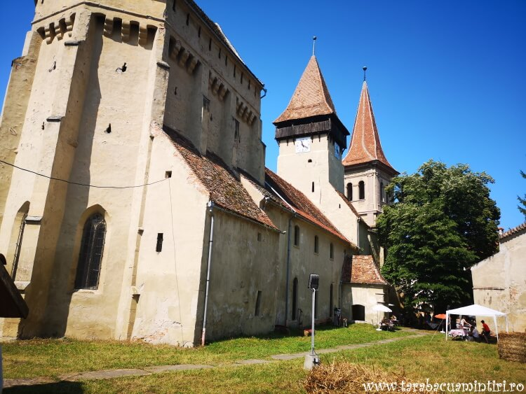 bisericile fortificate transilvanene